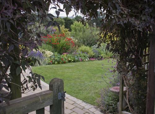 Poort en tuin